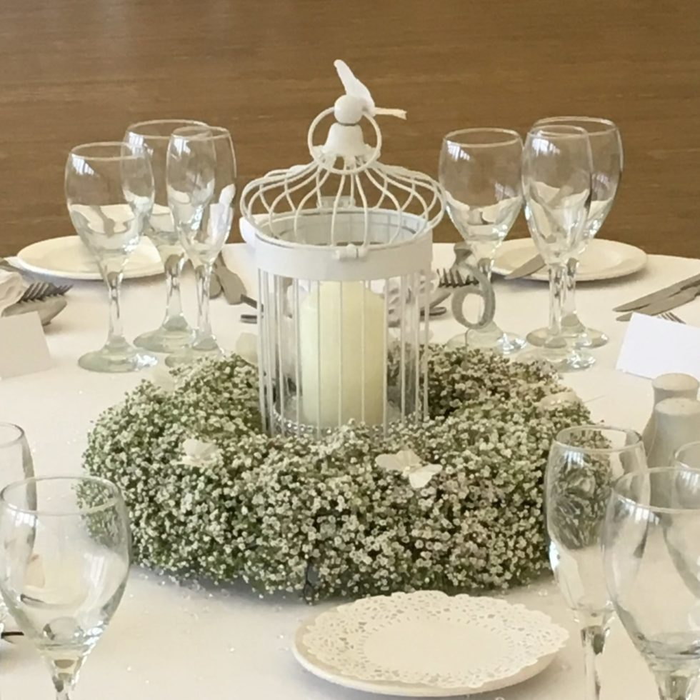 floral centre piece for wedding